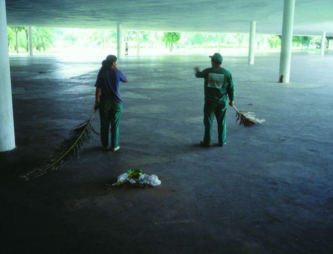 Jean-Luc Moulène, Documents / Les Palmes du moderne, Sao Paulo, 18 mars 2002.