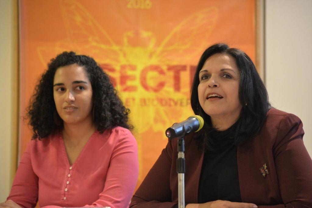 Camila Tavarez Rodriguez et Minou Tavarez Mirabal, le 13 octobre 2016 à l'Espace Mendès France. Photographie de la Maison des Sciences de l'Homme et de la Société.