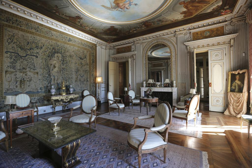 Grand salon château
